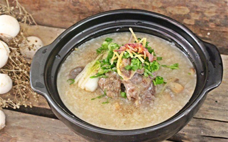 Cách nấu cháo xương bò bằng nồi cơm điện
