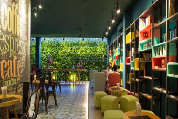Quán cà phê sách với nhiều màu sắc độc đáo