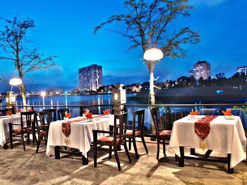 Tận hưởng không gian lãng mạn tại quán An Restaurant
