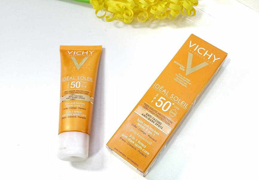 Kem chống nắng Vichy Ideal Soleil 3-in-1 Tinted Anti - Dark Spots Care SPF50+