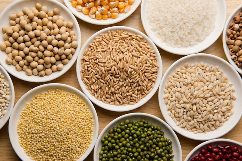 Lựa chọn nguyên liệu sạch để làm ngũ cốc dinh dưỡng cho bé