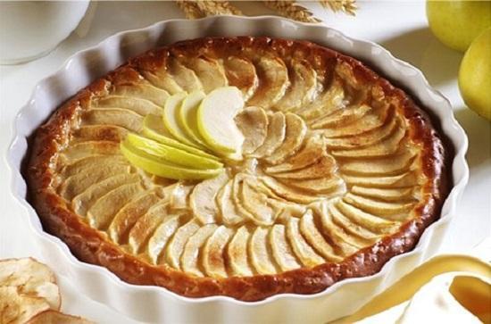 Bánh táo được làm từ bột mì