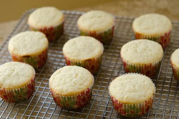 Bánh cupcake làm từ bột mì