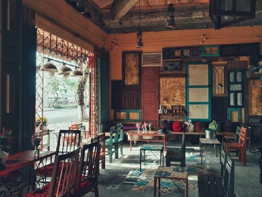 Ngồi nghe nhạc Trịnh uống cà phê đen