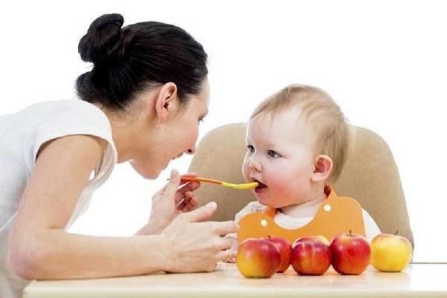 Cách bảo quản đồ ăn dặm cho bé