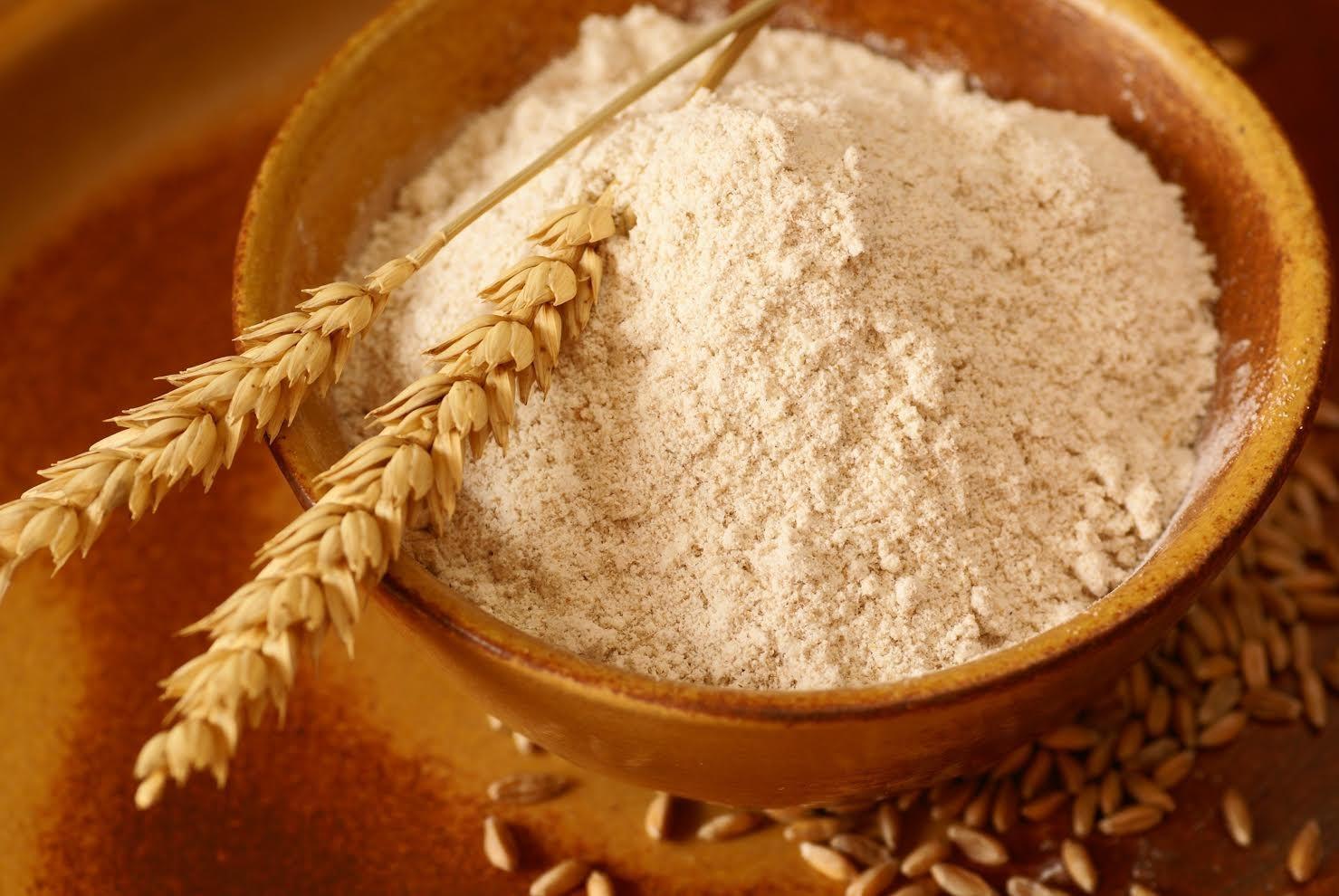 Cách làm ruột heo không hôi  bằng bột mì