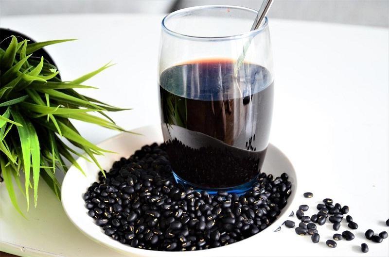 Thưởng thức ly nước đậu giảm cân