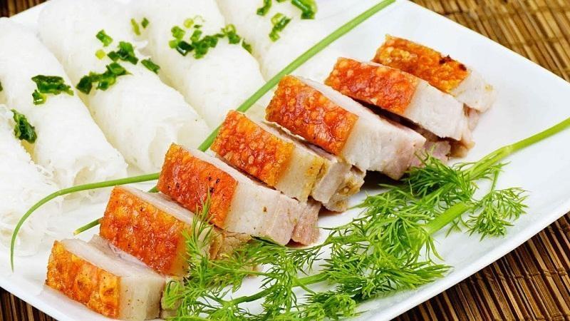 Hoàn thành món thịt heo nướng giòn thơm