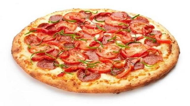 Pizza xúc xích làm tại nhà bằng chảo chống dính