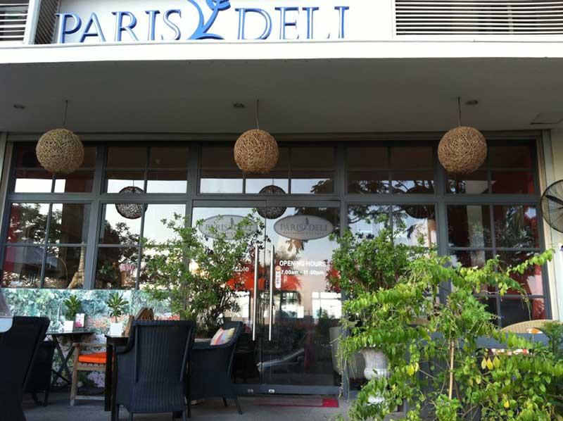 Quán cà phê Paris Deli Cafe