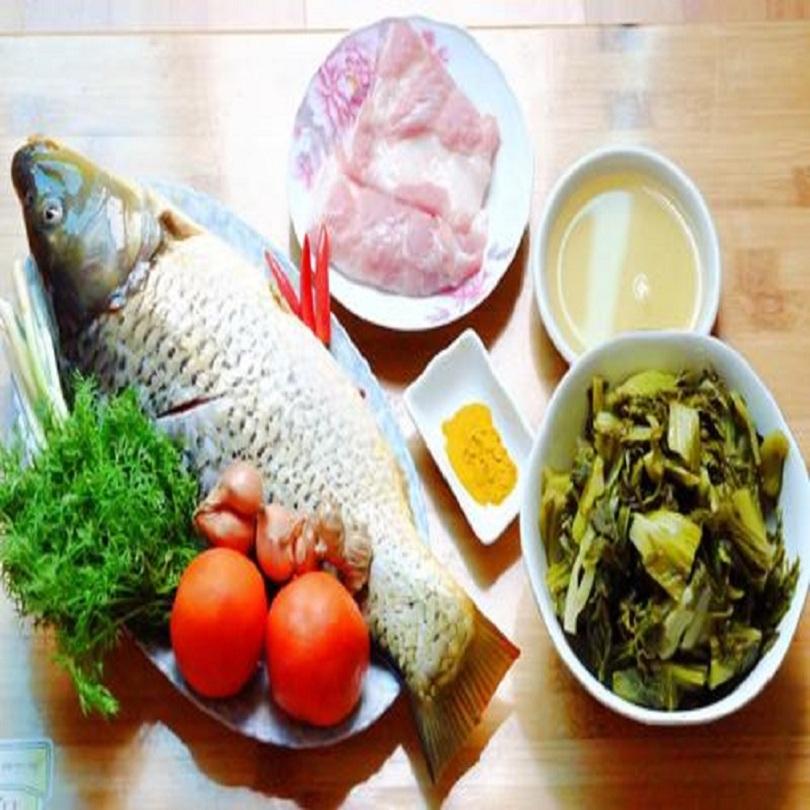 Chuẩn bị nguyên liệu nấu cá chép om dưa cho 4 người ăn