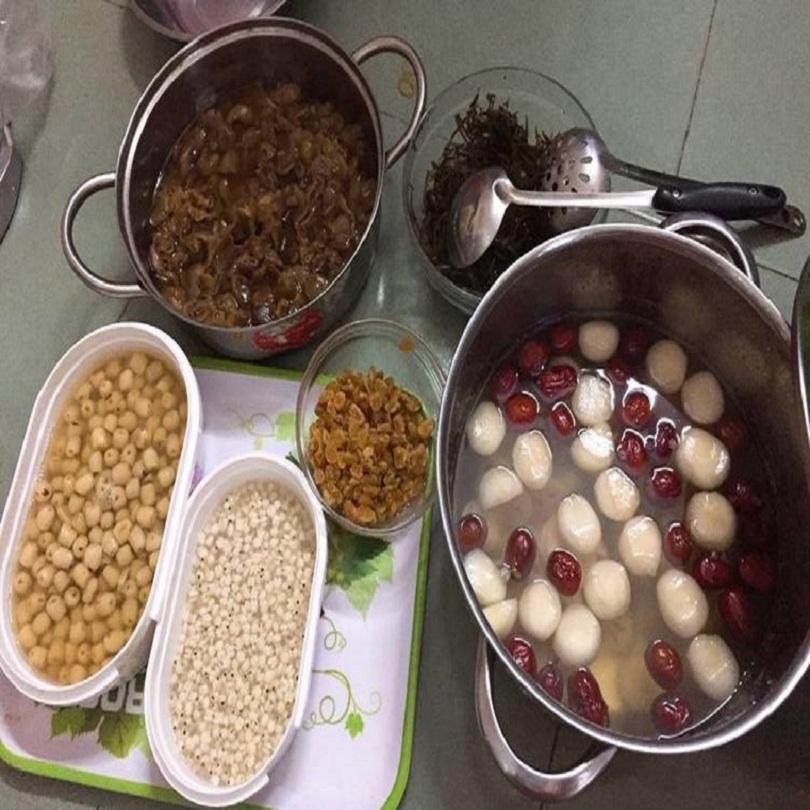 Chuẩn bị nguyên liệu nấu chè sâm bổ lượng
