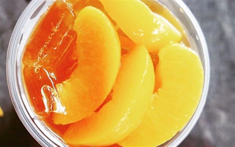 Đào ngâm tự làm tại nhà là nguyên liệu làm trà đào cam sả.