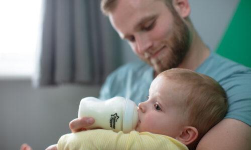 Top 7 bình sữa cho bé tốt nhất 2021