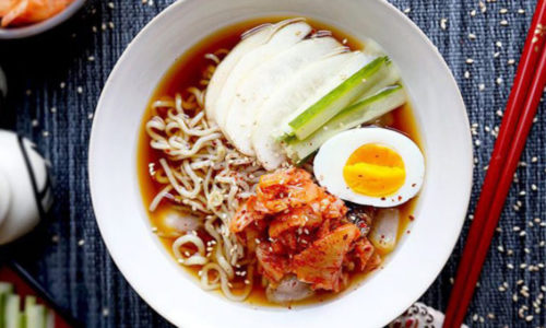 Cách làm mì lạnh Hàn Quốc đơn giản ngon miệng