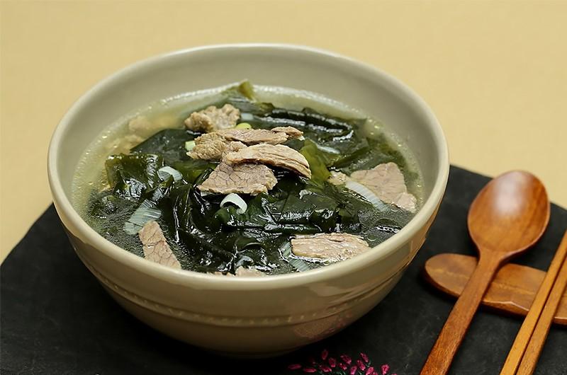Cách nấu canh rong biển chuẩn Hàn Quốc cực ngon và đơn giản ...