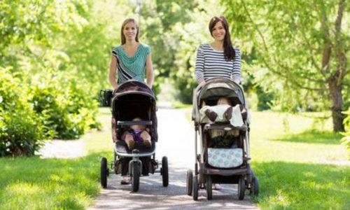 Top 5 dòng xe đẩy em bé tốt nhất được nhiều mẹ tin tưởng 1