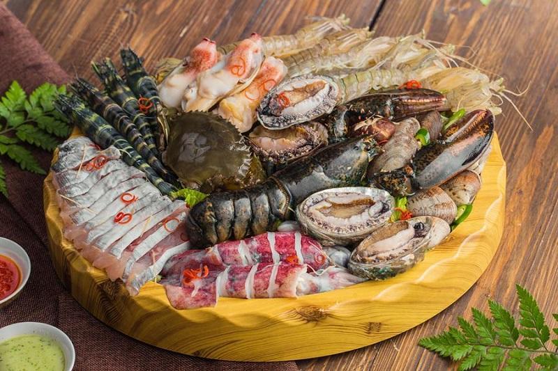 Các nguyên liệu tươi ngon dùng chế biến món lẩu hải sản thái