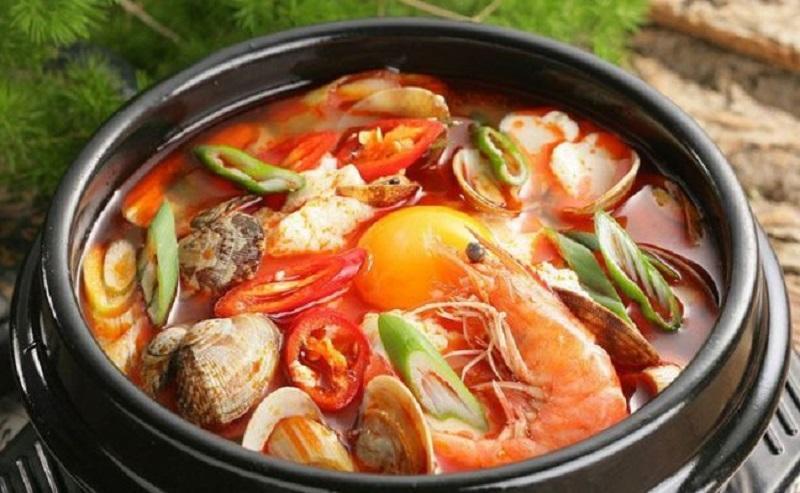 Cách nấu lẩu hải sản thái chua cay, ngon khó cưỡng
