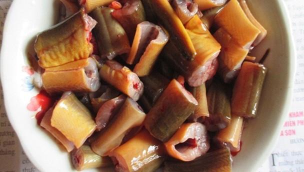 Cách nấu lươn xào lăn đậm đà thơm ngon