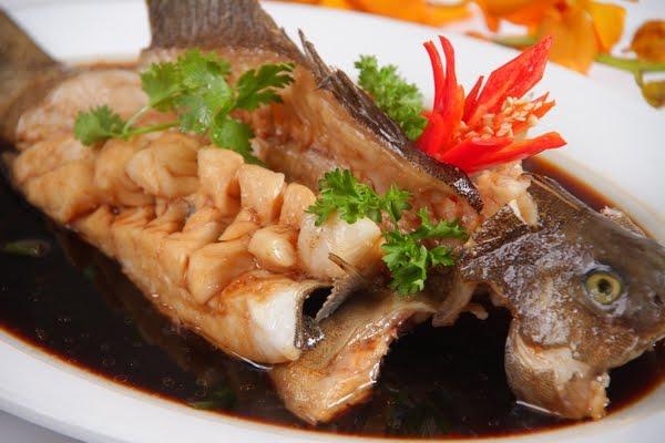 Món cá bống chưng tương đậm vị