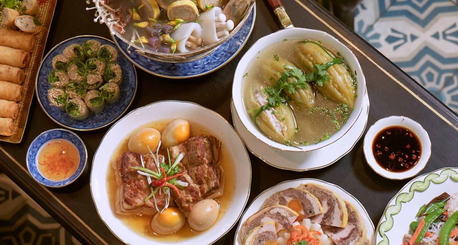 Các món ăn ngày Tết ở miền Trung
