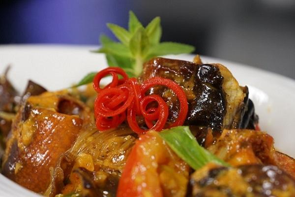 Cách nấu lươn xào lăn thấm vị thơm lựng