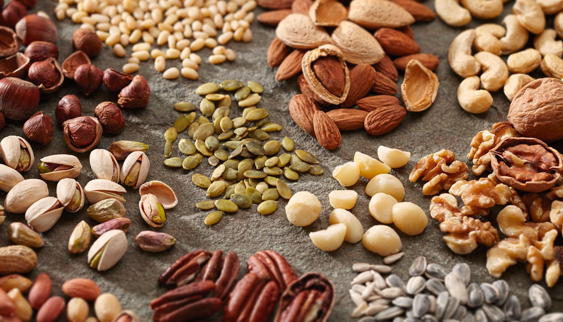 Cách bảo quản các loại hạt lâu ngày dễ dàng