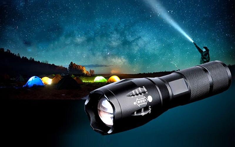 Lý do nên chọn đèn pin siêu sáng