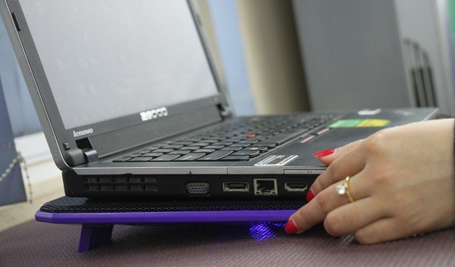 Tại sao nên sử dụng đế tản nhiệt laptop