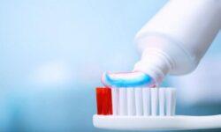 Top 10 kem đánh răng tốt cho sức khỏe răng miệng nhất 2021