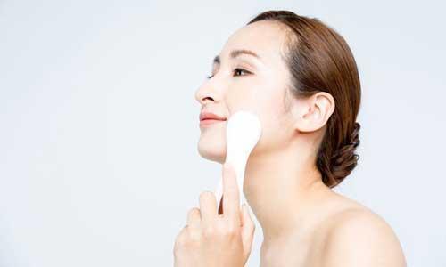 Top 5 máy massage mặt tốt nhất giúp bạn thư giãn cực kỳ thỏa mái