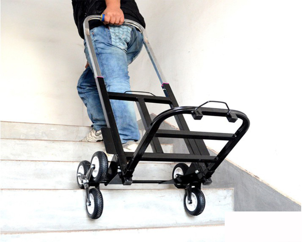 Xe đẩy hàng leo cầu thang
