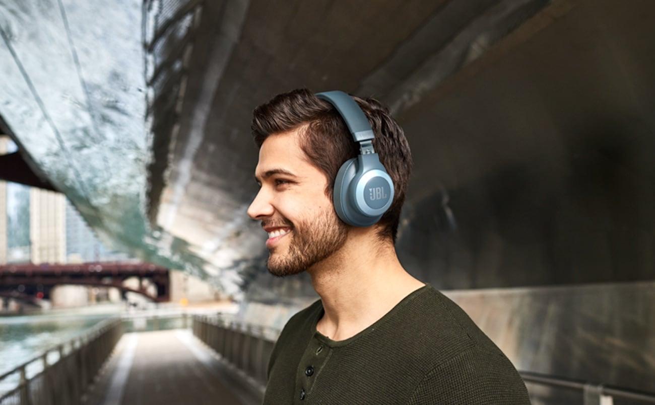 Tiêu chí chọn mua tai nghe chụp tai