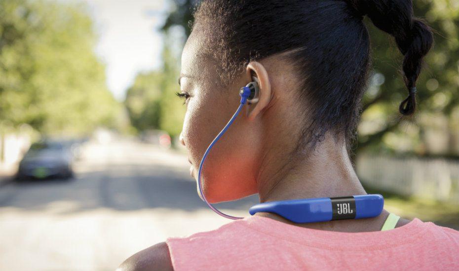 Vì sao nên sử dụng tai nghe thể thao