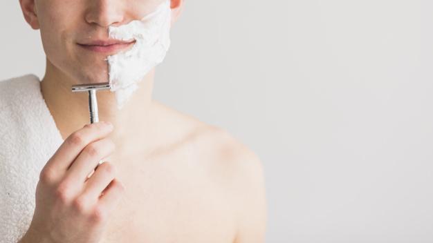 Kem cạo râu làm sạch râu nhẹ nhàng