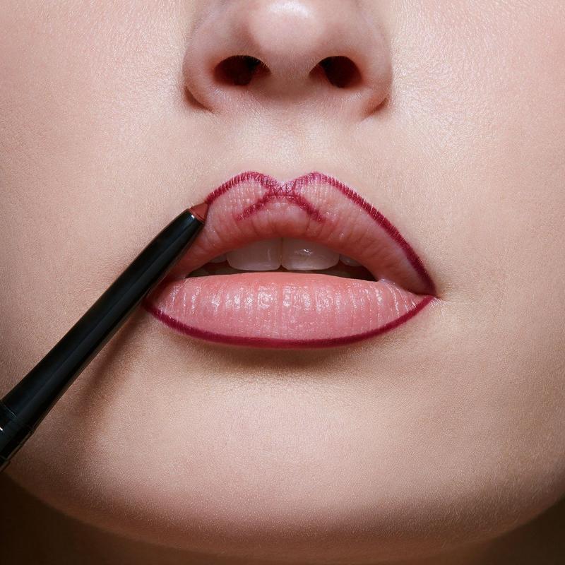 Một số lưu ý cần biết khi sử dụng chì kẻ môi