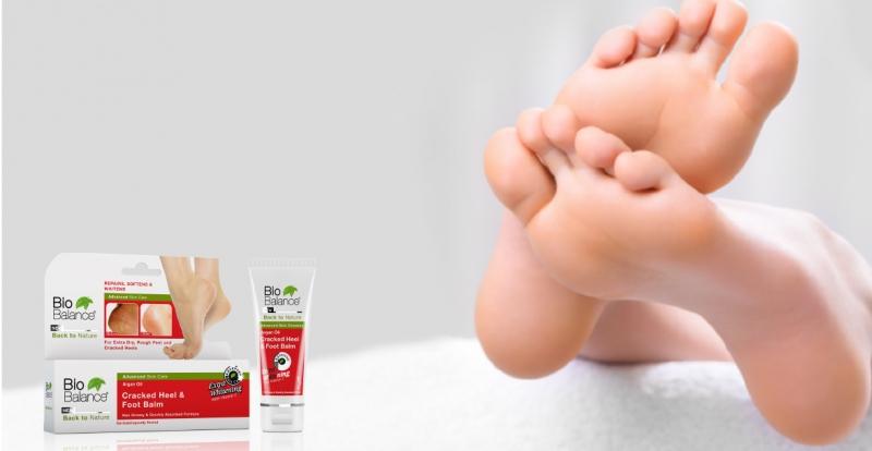 Kem trị nứt gót chân là gì