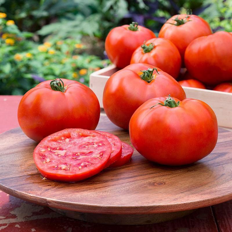 Cà chua sẽ khiến bạn bất ngờ trong công cuộc tẩy ria mép