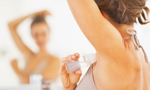 Top 5 lăn khử mùi nữ được ưa chuộng nhất 2021
