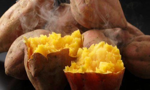 Cách nướng khoai bằng lò vi sóng thơm ngon không bị sượng