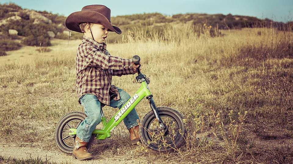 Hướng dẫn cách lựa chọn xe thăng bằng phù hợp cho bé yêu