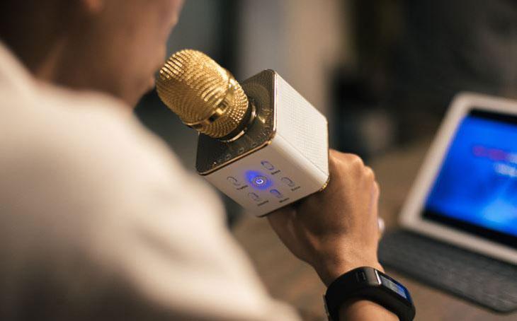 Lưu ý khi sử dụng micro bluetooth hát karaoke đúng cách