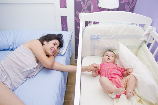 Kinh nghiệm chọn mua nôi em bé