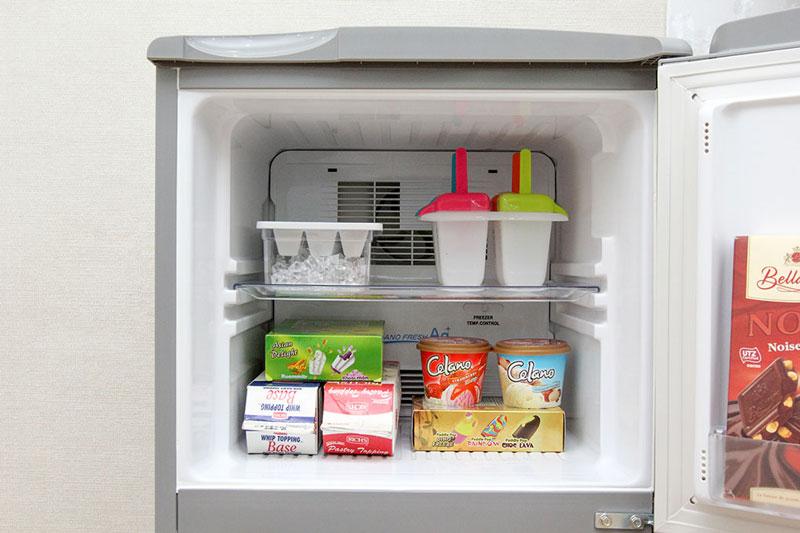 Rã đông tủ lạnh định kỳ