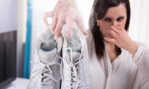 Top 5 chai xịt khử mùi giày tốt nhất 2021