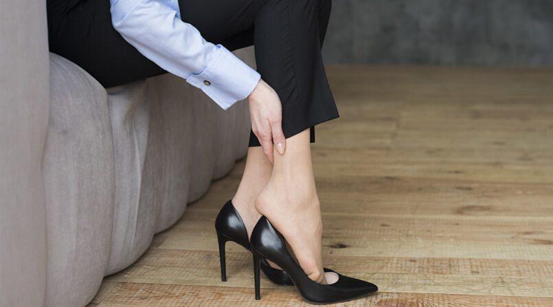 Vì sao chị em nên mang giày cao gót?