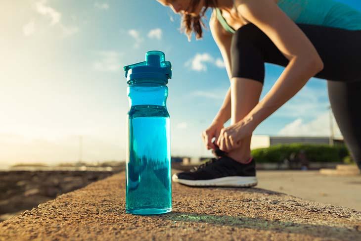 Tiêu chí chọn mua bình nhựa đựng nước chất lượng