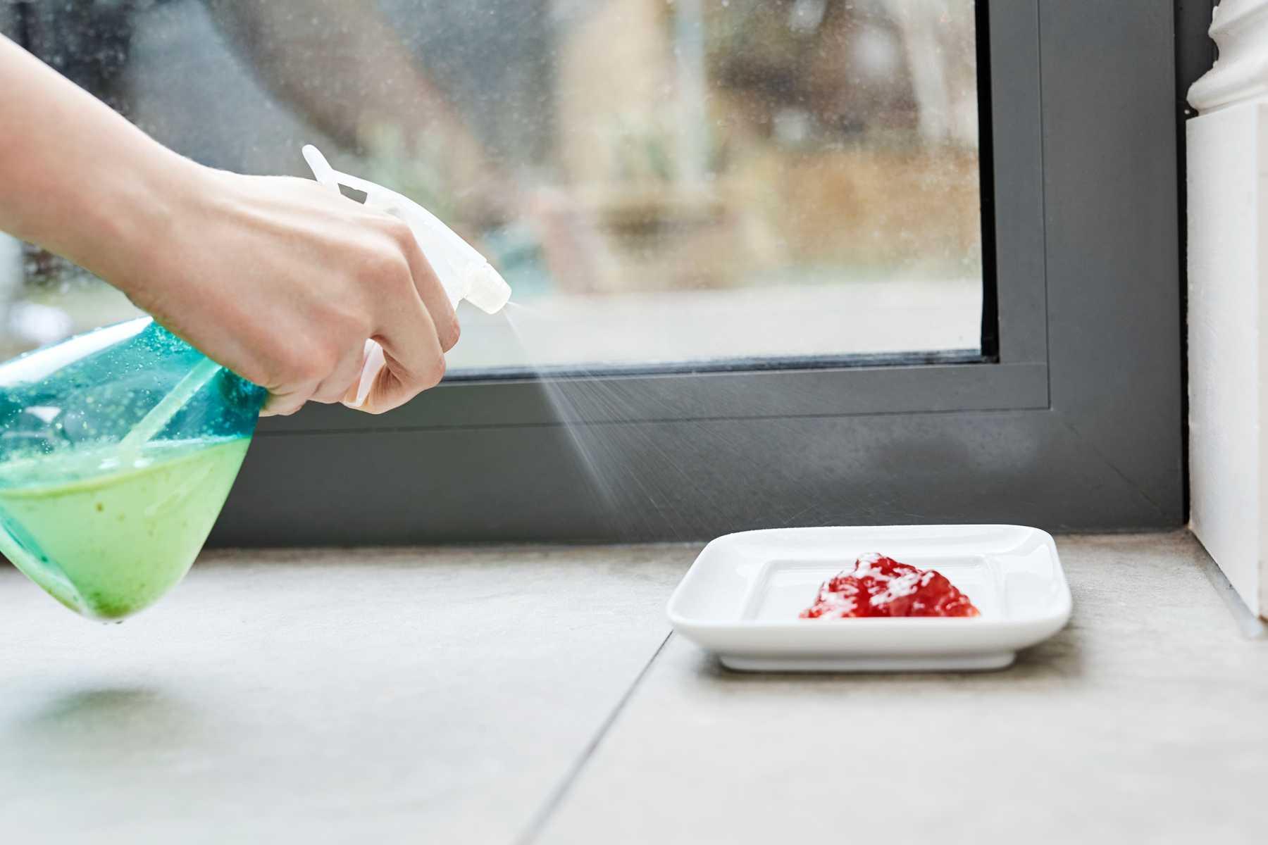 Thuốc diệt kiến có gây độc hại cho người dùng không