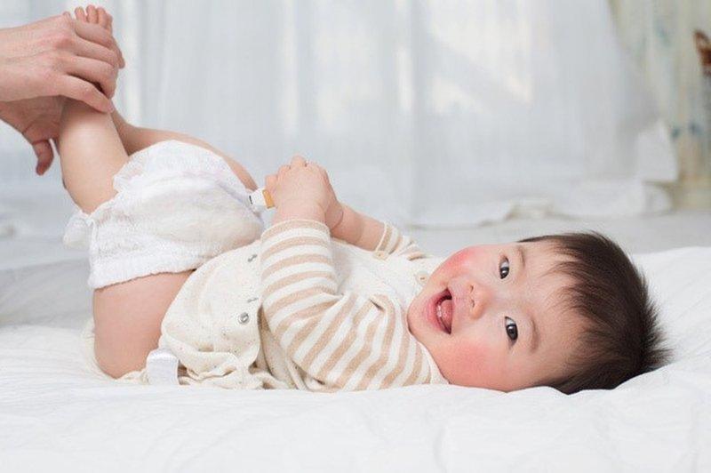Nguyên nhân gây hăm tã ở trẻ sơ sinh